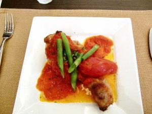外ごはん♡セレブ・デ・トマト 大山鶏ハーブロースト トマトのポワロ添え